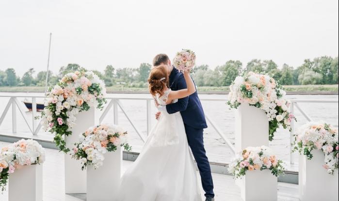 свадьба в яхт клубе москва цена